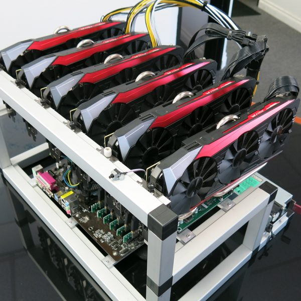 Altcoin mining rig 390